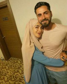 Couple Style, Girl Couple, Cute Muslim Couples, Couples In Love, Muslim Couple Photography, Love In Islam, Hijab Style, Beard Love, Interracial Couples