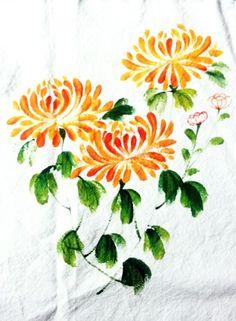 Pottery Painting Designs, Fabric Paint Designs, Fabric Colour Painting, Fabric Art, Daisy Painting, Silk Painting, Amaryllis, Hand Painted Dress, Batik Art