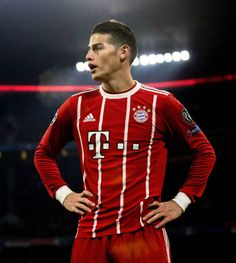 football is my aesthetic James Rodriguez, Manchester United Chelsea, Manchester City, Arsenal Liverpool, Liga Premier, Messi And Ronaldo, Fc Porto, Football Pictures, Waterproof Shoes