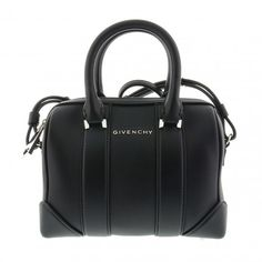 #Givenchy the top bags on www.glamourstore.it
