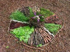 fall art projects for kids Naturmandala! Forest School Activities, Outdoor Activities For Kids, Outdoor Learning, Land Art, Outdoor Art, Outdoor Gardens, Ephemeral Art, Fall Art Projects, Autumn Art