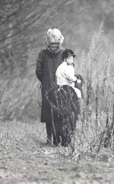 1989-01 Diana takes Harry for a ride on his Shetland Pony at Sandringham