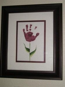 Super cute idea- think i need to make these w my neices and nephew for my sister in law for mothers day <3