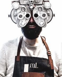 Super collab @ateliertuffery  @milanlunetier .  Nous prenons un plaisir immense à collaborer avec Milan et son équipe. La boutique atelier de la rue de Charonne adresse parisienne incontournable redéfini le métier de lunetier en se replongeant dans les valeurs d'excellence française.  #ateliertuffery #milanlunetier #charonne #bastillevillage #paris #france #madeinfrance #artisan #jeans