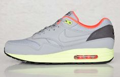"Kicks of the Day: Nike AIr Max 1 FB ""Wolf Grey/Liquid Lime"""