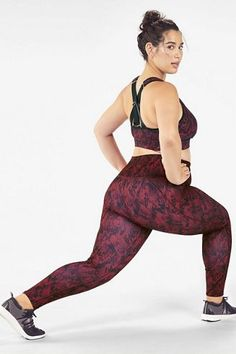 Plus Size Workout Clothes and Activewear Big Girl Fashion, Curvy Women Fashion, Plus Size Fashion, Plus Size Sportswear, Plus Size Activewear, Gents Hair Style, Plus Size Workout, Gym Clothes Women, Ab Workout At Home