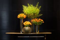Love the use of repeated colour in flowers and vessels