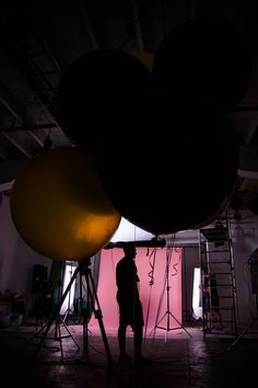 This is how we make our films in Blackfish Studio. Watch behind the scenes from our productions and see how we work on filmsets. Documentary Photography, Tv Commercials, Light And Shadow, Short Film, Filmmaking, Vintage Photos, Documentaries, Behind The Scenes, Music Videos