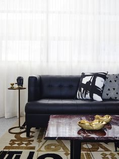 Covet My Coffee Table: With Greg Natale in his new office - The Interiors Addict Interior Design Photos, Luxury Interior, Interior Design Inspiration, Interior Architecture, Design Ideas, Chesterfield, Dining Room Furniture Sets, Contemporary Office, Coffee Table Design