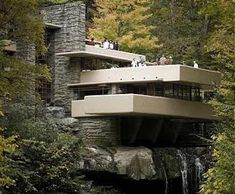 Fallingwater House (Kaufmann House) designed by Frank Lloyd Wright- Wikipedia, the free encyclopedia Architecture Design, Organic Architecture, Amazing Architecture, Proportion Architecture, Water Architecture, Creative Architecture, Classical Architecture, Casa Farnsworth, Falling Water House