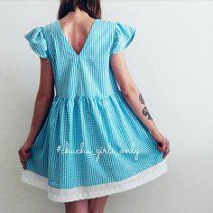 Продано! Привет, новая неделя! Начинаем её с обещанных скидок на вещи в наличии🎉  Платье #chuchu_dress с кружевом, рукав бабочка, размер S-M, скидка 20%. Стоимость со скидкой 720 грн. ❤  Хорошего дня!😘🌷