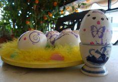 Πασχαλινά αυγά ντεκουπάζ - Γιαγιά Μαίρη Εν Δράσει Decoupage, Eggs, Breakfast, Food, Morning Coffee, Egg, Meals, Yemek, Eten