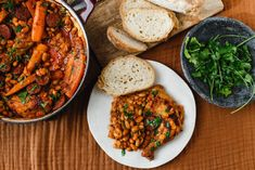 Csirkés cassoulet | Lila füge Close Up Photography, Chana Masala, Tandoori Chicken, Curry, Easy Meals, Cooking, Ethnic Recipes, November, Kitchen