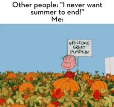 26 Memes For Anyone Who's Ready For Fall. 26 Memes For Anyone Who's Over August and Ready For Fall. Cute Fall Wallpaper, Holiday Wallpaper, Halloween Wallpaper Iphone, Halloween Backgrounds, Iphone Background Wallpaper, Aesthetic Iphone Wallpaper, Aesthetic Wallpapers, Cute Wallpaper Backgrounds, Cartoon Wallpaper