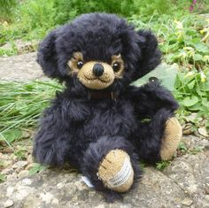 Witney Exclusive Cheeky Bear Cub