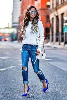 7 Pilihan Ide Outfit Ripped Jeans agar Tampilan Terlihat Mahal