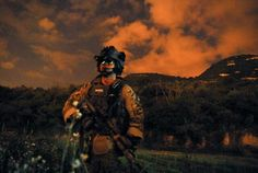Ranger, Very badass pic. Us Army Rangers, 75th Ranger Regiment, Army Soldier, Man Stuff, Some Pictures, Warfare, Badass, Video Game, Military