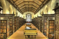 Biblioteca de St. John's College. Cambridge. 1623-1624