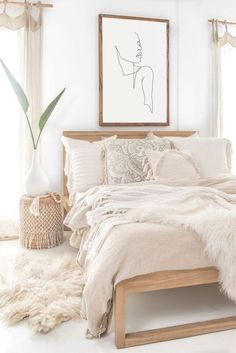 60 Adorable Modern Farmhouse Bedroom Design Ideas a&; 60 Adorable Modern Farmhouse Bedroom Design Ideas a&; Sanat Will 60 Adorable Modern Farmhouse Bedroom Design Ideas and Decor […] decor thrift stores Small Apartment Bedrooms, Big Bedrooms, Small Apartments, White Apartment, Modern Bedrooms, Bed Rooms, Small Spaces, Room Ideas Bedroom, Home Bedroom
