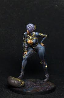 Pinup girl in regeneration suit from Kingdomdeath. Try to paint latex, but it needs more highlights I think. Infinity The Game, Sci Fi Miniatures, Warhammer Fantasy, Warhammer 40k, Frame Arms Girl, Hobbies For Men, Miniature Figurines, Mini Paintings, Figure Model