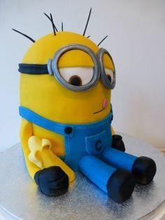 hangover minion birthday cake image