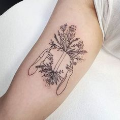 Awe-inspiring Book Tattoos for Literature Lovers - KickAss Things cool book tattoo © tattoo artist Clarence Street Tattoo Cute Tattoos, Unique Tattoos, Beautiful Tattoos, Body Art Tattoos, Small Tattoos, Artistic Tattoos, Tatoos, Awesome Tattoos, Faith Tattoos