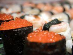 abwechslungsreiches Abendprogramm in unserem #Restaurant: Frischer gerolltes Sushi