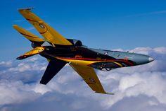 Thunder over London - Skies Magazine