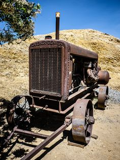 Rusty old air compressor, via Flickr.