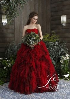 Leaf for Brides 04-10104 Red   LaPrimevère[プリムベール]   福岡・佐賀のウェディングドレスレンタルならプリムベール Red Wedding Dresses, Wedding Colors, Formal Dresses, Rose Wedding, Summer Collection, Different Styles, Ball Gowns, Couture, Outfits