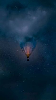 hot air balloon in the sky clouds - beautiful images and wallpapers Nature Wallpaper, Galaxy Wallpaper, Cool Wallpaper, Mobile Wallpaper, Wallpaper Backgrounds, Iphone Backgrounds, Wiccan Wallpaper, Iphone Wallpapers, Dream Photography