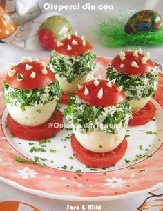 Cotlete de porc in sos aromat cu rozmarinCulorile din Farfurie Romanian Food, Easter Recipes, Caprese Salad, Easter Crafts, Panna Cotta, Stuffed Mushrooms, Deserts, Appetizers, Food And Drink