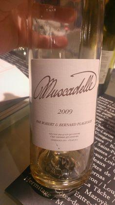 Peu évident à trouver, son petit gout de miel, est superbe si l'on aime les vins sucrés