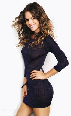 Rachel bilson   this sweater dress is super cute and looks very comfy!