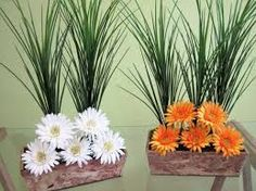 Resultado de imagem para arranjos florais para salas