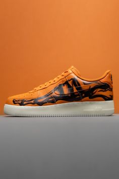 """First Nike dressed up the Air Force 1 in a """"White Skeleton"""" colorway, then came a """"Black Skeleton."""" An """"Orange Skeleton"""" arrives this year, and it's every bit as spooky as its predecessors that also featured an """"x-ray"""" design and glow-in-the-dark sole. Air Force Ones, Nike Air Force, Air Force 1 Outfit, Nike Dresses, Orange Aesthetic, Jordan 4, Shoe Game, Hypebeast, Black Nikes"""