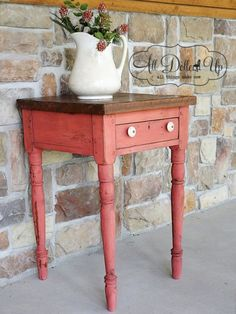 coral painted chippy side table using miss mustard seed milk paint. I adore this table!!!!