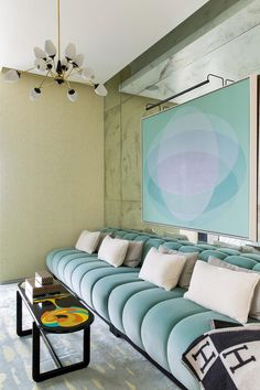 Home Decor Living Room turquoise sofa lavender robins egg blue.Home Decor Living Room turquoise sofa lavender robins egg blue Mid-century Interior, Modern Interior Design, Interior Design Inspiration, Interior Decorating, Design Ideas, Design Trends, Interior Office, Design Blogs, Modern Interiors