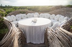 Kin Toh Tree House Nest Restaurant at Azulik Resort Tulum, Mexico View of Jungle Best Places to Eat in Tulum Mexico Quintana Roo Yucatan Luxury Restaurant, House Restaurant, Surf Lodge, Stucco Walls, The Beautiful Country, Outdoor Furniture Sets, Outdoor Decor, Cozy Place, Best Places To Eat
