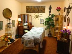 Would be able to create a massage studio from thrift, with shelves, and art. Wouldn't be inexpensive to decorate. Fake Plants, Stove, Thrifting, Stuff To Do, Massage, Bridge, Beautiful Places, Relax, Shelves