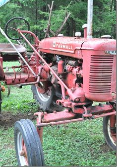 The first gasoline tractor was invented by John Froelich in 1892.  The point of this invention is to pull crops.