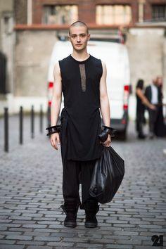 3121-Le-21eme-Adam-Katz-Sinding-Valentin-Puyau-Paris-Mens-Fashion-Week-Spring-Summer-2013_D4A1786-920x1382.jpg (920×1382)