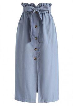 Truly Essential A-Line Midi Skirt in Army Green - Retro, Indie and Unique Fashion Muslim Fashion, Modest Fashion, Unique Fashion, Hijab Fashion, Fashion Dresses, Fashion Design, Indie Fashion, Blue Fashion, Fashion Fashion