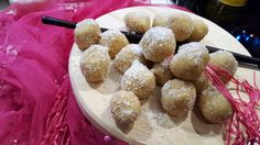 """Ounde is a """"ladoo"""" made with roasted ground rice, flavoured with cardamom, cooked in sweet milk and garnished with desiccated coconut and flaked almonds. I love making these little swee… Ramadan Recipes, Dairy Free, Tea Cups, Roast, Coconut, Rice, Baking, Almonds, Yummy Yummy"""