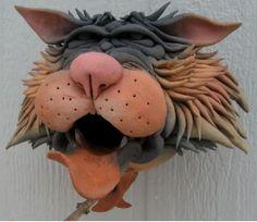 Zany Cat Birdhouse Gargler