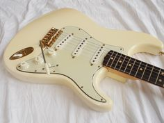 1963 Fender Stratocaster in Olympic White with Gold Hardware