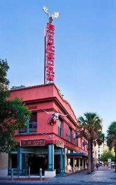The Buckhorn Saloon and Texas Ranger Museum: San Antonio, TX