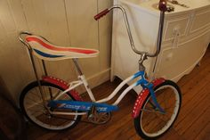 1976 dream bike... decked out in stars for the bicentennial.  Whatever happened to banana seats and ape hanger handlebars, they were fun.