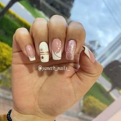 Nails Polish, Crazy Nails, Elegant Nails, Manicure And Pedicure, Nail Designs, Outfit, Disney, Beauty, Instagram