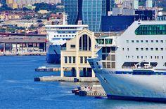https://flic.kr/p/vYuKrC | Marseille 2014 - 165 le Port de la Joliette au pied de  la Tour CMA-CGM de Zaha Hadid